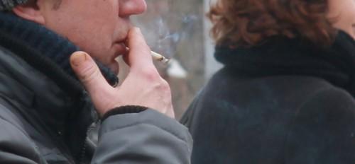 Gimnazistų problemos nesibaigia vien rūkymu ar gėrimu